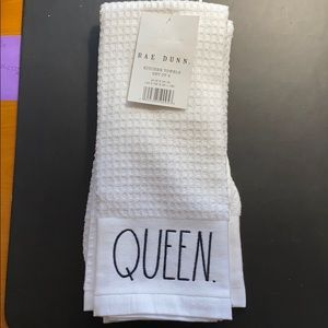 Rae Dunn Queen and King Kitchen Towels 2pk